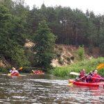 Fundacja młodzi ludziom Spływ kajakowy pilicą 13