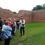 Fundacja młodzi ludziom Zamek w Oporowie i Łęczycy 9