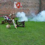 Fundacja młodzi ludziom Zamek w Oporowie i Łęczycy 11