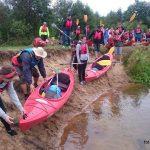 Fundacja młodzi ludziom Spływ kajakowy pilicą 3