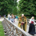 Fundacja młodzi ludziom Zamek w Oporowie i Łęczycy 16