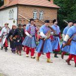 Fundacja młodzi ludziom Zamek w Oporowie i Łęczycy 19